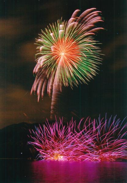 霊仙寺湖花火大会「天狗の火舞」