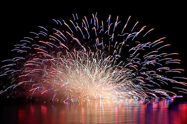 もんべつ港まつり オホーツク花火の祭典