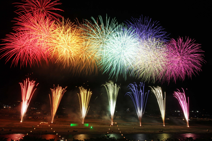 県下最大級の花火大会