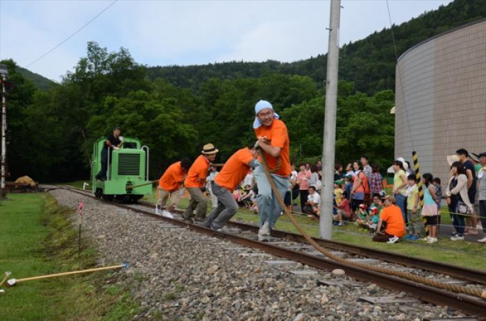 人間DE機関車