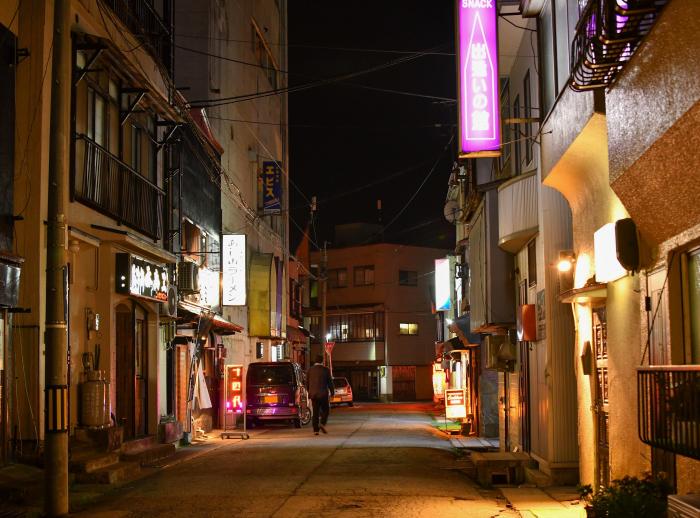 あけぼの町(飲食店街)