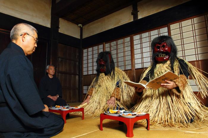 なまはげ館・真山神社