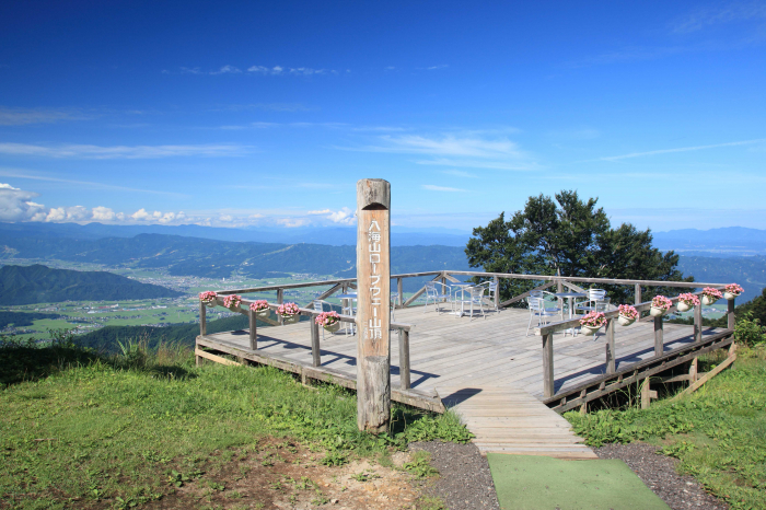 八海山ロープウェー山頂駅からの眺め